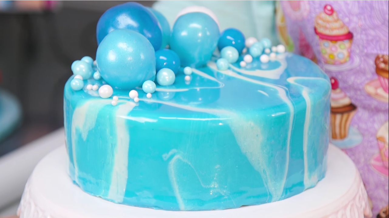 How To Make A Mirror Glaze For Your Cake Victoria S Glamour