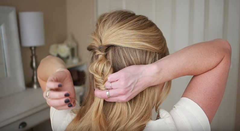 Braid The Ponytail Into A Fishtail Continue With Down This Section Go Back Over And Pull On Edges To Make It Little Bit