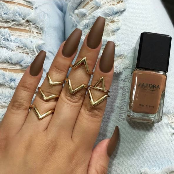 You Will Want To Try These Brown Nail Designs Victorias Glamour