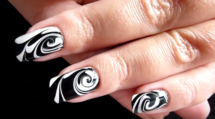 10 Marble Nail Art Ideas With Step By Step Tutorials - Victoria\'s ...
