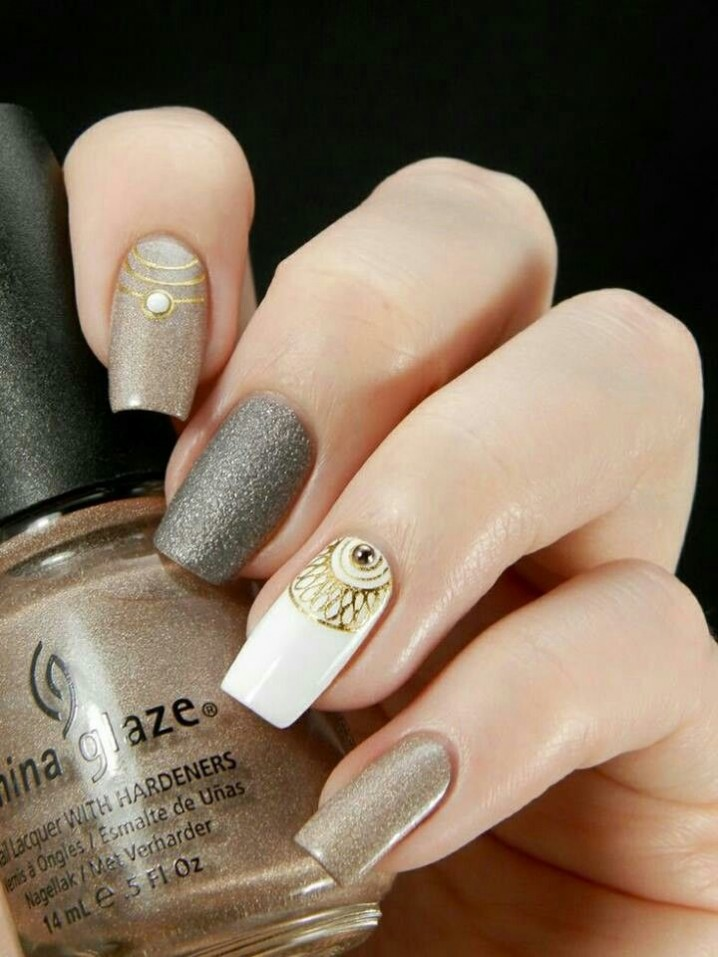 Elegant And Sophisticated Manicure Ideas Victorias Glamour