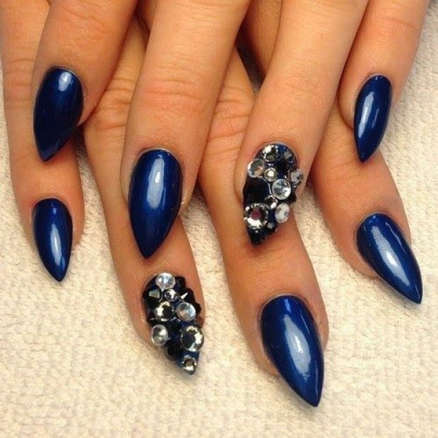 16 Eye Catching Prom Nail Designs Victoria S Glamour