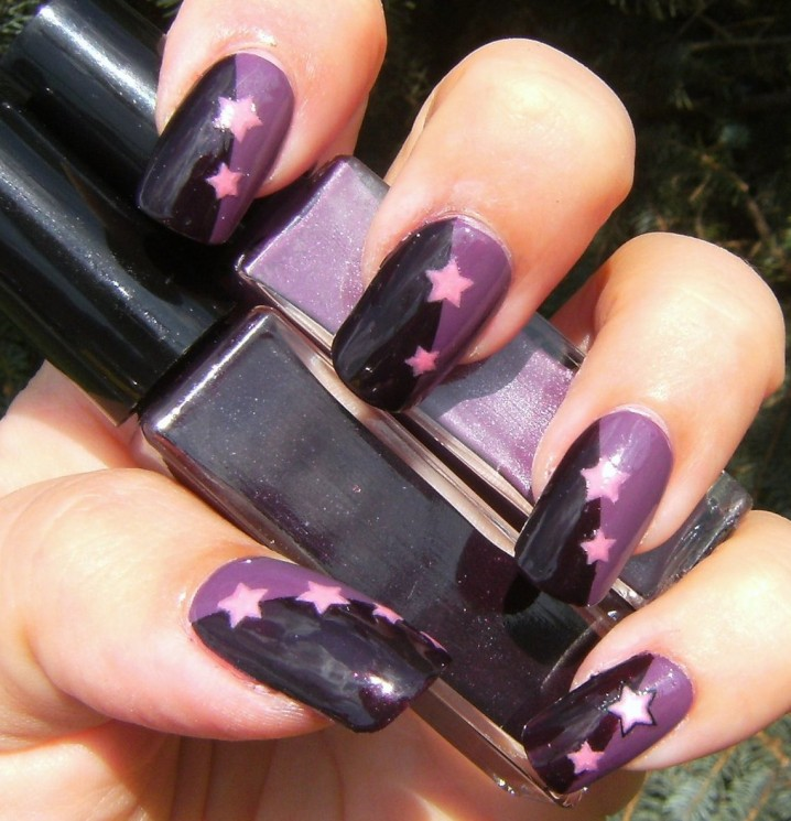 Check out our photo collection of dark purple nail designs and choose which  one you will try first. Enjoy! - 17 Beautiful Dark Purple Nail Designs - Victoria's Glamour