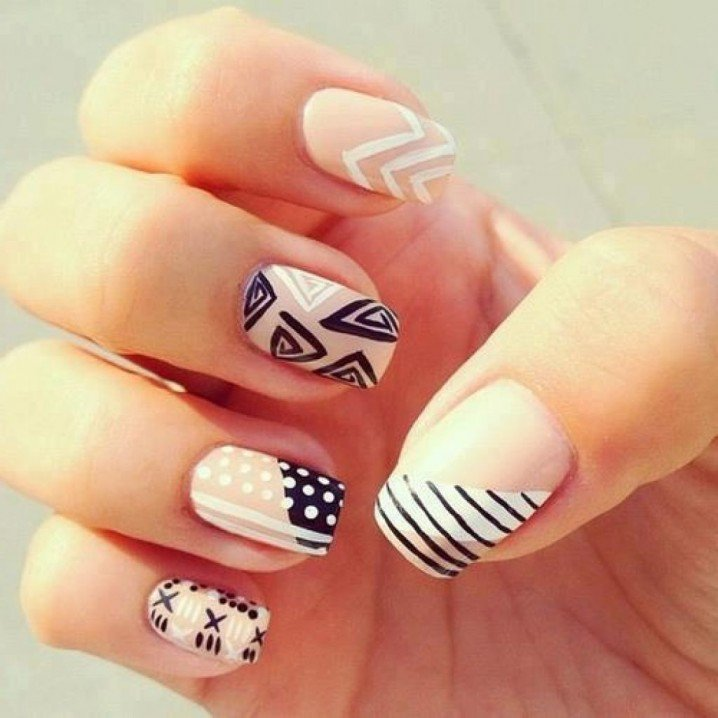 16 eye catching prom nail designs victorias glamour 16 eye catching prom nail designs prinsesfo Gallery