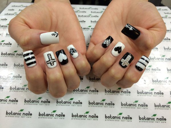 Examples Of Black And White Nail Art - Victoria\'s Glamour