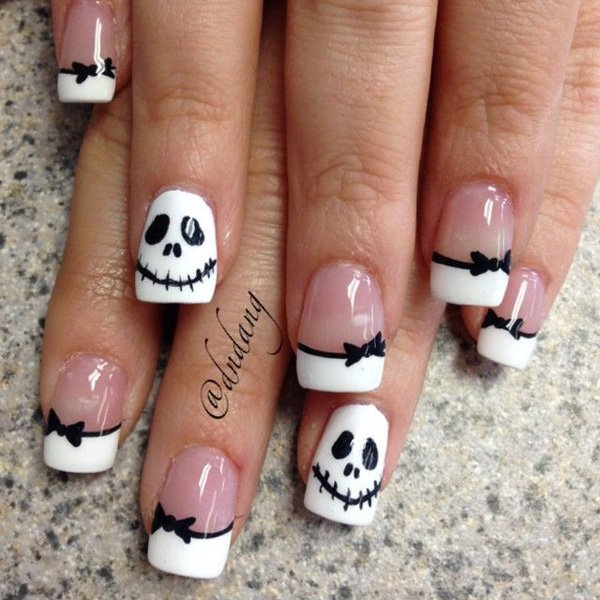 Examples Of Black And White Nail Art Victorias Glamour